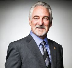 Ivan Misner, founder of Business Network International, explains his concept of doing six things a thousand times. Business Network International, Alcohol Detox, Business Magazine, Business Networking, Dream Job, Internet Marketing, Affiliate Marketing, Dreaming Of You, Acting
