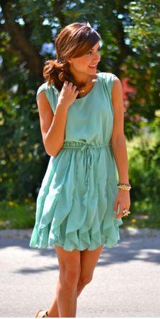 Ruffled Sleeveless Chiffon Dress