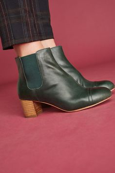 Slide View: 1: Anthropologie Chelsea Ankle Boots