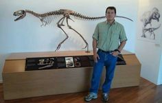 Dr Paul Sereno avec Raptorex
