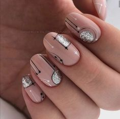 Simple Nude and Silver Wedding Nail Art Manicure And Pedicure, Gel Nails, Shellac, Nail Dipping Powder Colors, Nail Effects, Simple Acrylic Nails, Nail Polish Trends, Nail Candy, Flower Nails