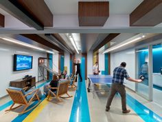 linkedin-toronto-office-design-11 Game Room Decor, Room Setup, Game Rooms, Toronto, Room Interior, Interior Design, Interior Ideas, Design Commercial, Relaxation Room