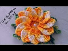 Begin to crochet flower! In this crochet tutorial we will be making a flower that has little spirals in the center, one spiral next to each petal. Crochet Flower Tutorial, Crochet Flower Patterns, Crochet Stitches Patterns, Crochet Designs, Crochet Flowers, Fabric Flowers, Bandeau Crochet, Crochet Towel, Crochet Doilies
