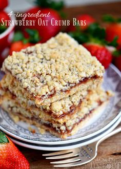 Dessert has never been easier or more delicious than with these 4 Ingredient Strawberry Oat Crumb Bars! Serve warm with ice cream for a delicious treat!