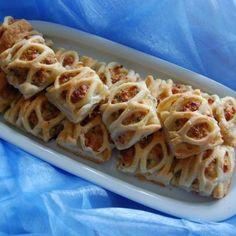 Blätterteigtaschen mit Schinken und Käse