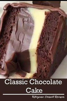 Classic chocolate cake pies / recipes up Informations About Klassischer Schokoladenkuchen tort Only Chocolate Cake Recipe, Chocolate Desserts, Cake Chocolate, Chocolate Buttercream, Fudge Frosting, Chocolate Cheesecake, Buttercream Cake, Chocolate Cake Fillings, Chocolate Birthday Cakes