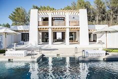 Blakstad designed 5-bedroom villa - White ibiza. Photography by Sofia Gomez Fonzo