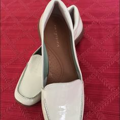 NWT Easy Spirit women's slip on shoes, loafers. Beautiful Mint Green color.  Esabide size 7.5M. Patent Leather Uppers, brand-new. Easy Spirit Shoes Flats & Loafers