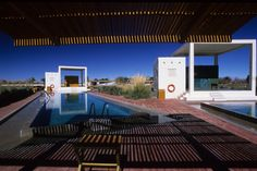 Saunas and Pools in Atacama / Germán del Sol