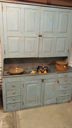 Drysink cupboard . . . I would so love this for our kitchen . . . totally would fit in our 1898 farmhouse!