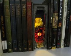 Harry Potter Diagon Alley, Infinity Mirror, 9 Volt Battery, Book Corners, Any Book, Another World, Book Nooks, Optical Illusions, The Hobbit