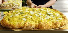 Tento langoš mám veľmi rada, pretože nie je mastný a nevypráža sa. Použiť naň môžete suroviny podľa vašej chuti.Potrebujeme 2 plechy:1 kg hladkej múky½ kocky čerstvého droždia500 ml vody3 uvarené a nastrúhané zemiaky2 lyžičky soliNa … Scd Recipes, Bread Recipes, Cooking Recipes, Focaccia Pizza, Sicilian Recipes, Sicilian Food, Artisan Bread, Dinner Rolls, Bread Baking