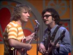 Creedence Clearwater Revival-Proud Mary Live - YouTube