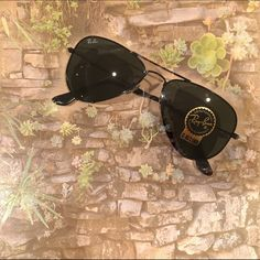 b45db270ea Ray-Ban Aviator Small Sunglasses Ray-Ban Aviator Small sunglasses are a  petite version