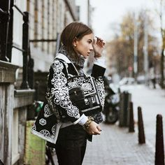 WEBSTA @lizzyvdligt From Amsterdam to New York in @toryburch