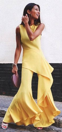 fashionable outfit bag   heels   yellow suit