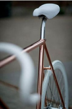 rose gold bike? yes please.