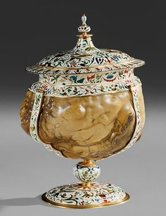 Covered Bezoar Cup, circa 1600 by Jan Vermeyen | The Kunst- und Wunderkammer of  Rudolf II | Die Welt der Habsburger