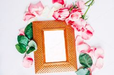 Gold frame with roses I Styled stock Gold Stock, Gold Bullion, Single Image, Gold Coins, Fabric Samples, Stock Photos, Roses, My Style, Frame