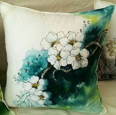 0번째 이미지 Watercolor Flowers Tutorial, Floral Watercolor, Fabric Painting, Fabric Art, Fabric Paint Designs, Batik Art, Nature Drawing, Painted Clothes, Pictures To Paint
