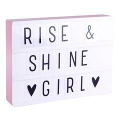 Maak je eigen quotes en teksten met deze gave A4 lightbox!<br /> <br /> Zeer decoratief en origineel als lamp maar ook heel leuk om je eigen teksten te maken!