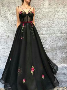 Black Prom Dresses Spaghetti Straps A Line Embroidery Long Prom Dress JKL912