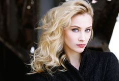 Sarah Gadon Free HD Desktop Wallpapers