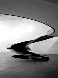 Escaleras del Palacio de Itamaraty, Brasilia, diseñado por Oscar Niemeyer, 1970