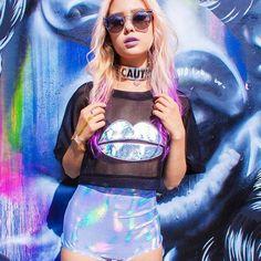 .♥ uchuu kei, holographic fashion, space grunge ♥