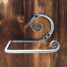 Items similar to 2 Roll Vertical Industrial Rustic Wall Mount Pipe Toilet Paper Holder (Black Steel) on Etsy Modern Toilet Paper Holders, Toilet Roll Holder, Towel Holder, White Chalkboard Paint, Blacksmith Projects, Heated Towel Rail, Nautical Bathrooms, Bathroom Organisation, Rustic Walls