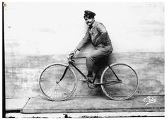 Italian Vintage Photographs ~ #Italy #Italian #vintage #photographs #family #history #culture ~ Giulio Pili in bicicletta (autoscatto)