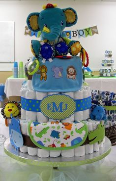 crafty mom zoo themed baby shower more baby shower cakes baby shower
