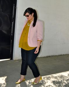 minus the preggo belly...love the blouse/blazer combo.