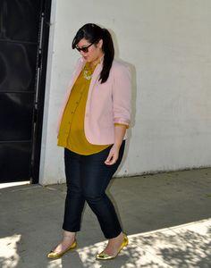 minus the preggo belly...love the blouse/blazer combo.