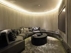 Ultimate home theatre room in Ultra-luxe London apartment Home Theater Rooms, Cinema Room, Home Theater Design, One Hyde Park, London Apartment, Penthouse Apartment, Bedroom Apartment, Luxury Homes, Home Decor