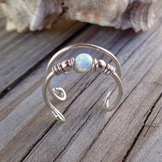 Cartilage Ear Double Wrapped Fire Opal Cuff Clip on 20 Gauge Wire Jewelry Rings, Wire Jewelry Designs, Handmade Wire Jewelry, Ear Jewelry, Wire Wrapped Jewelry, Beaded Jewelry, Jewelry Making, Jewellery, Diy Schmuck
