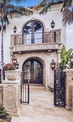 45 New Ideas For Exterior Renovation Colonial Window Mediterranean Architecture, Mediterranean Style Homes, Spanish Style Homes, Spanish House, Mediterranean House Exterior, Spanish Architecture, Dream Home Design, House Design, Hacienda Style Homes