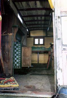 A showman's home