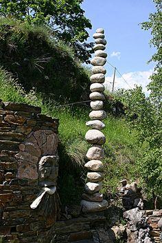 Stacking stones...wonderful!  LOVE them in my garden!