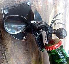 Rats are disgusting, right?......wrong, they are cute and cuddly and make fantastic wall mounted bottle openers! Just marvel at the efficiency with which this disembodied Rats head effortlessly decaps a sealed beer bottle. Gasp! So much better than that hideous, functional tool you stuff
