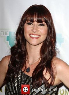 Chyler Leigh ahh freaking love her and her hair in the last season of Greys....