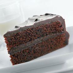 The Ultimate NESTLÉ® TOLL HOUSE® Chocolate Cake (Intermediate; 12 servings) #chocolate #cake