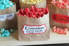 It's national popcorn day! I ended up adapting the Sugar Crunch Popcorn recipe that has been living in my archi… Homemade Popcorn Seasoning, Flavored Popcorn, Popcorn Recipes, Gourmet Popcorn, Sugar Popcorn, Candy Popcorn, Rock Candy Experiment, 4th July Food, Colored Popcorn
