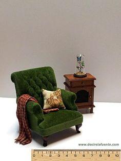 Miniature armchair - 1/12 scale