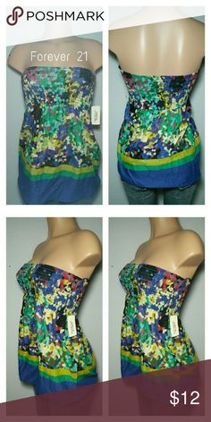 "Ladies abstract tube top New with tags /100% cotton / Bust: 26"" (stretches) Length: 21"" Forever 21 Tops"