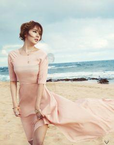 Yoon Eunhye by Choi Yongbin for High Cut Feb 2013
