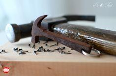 breloczek, narzędzia stolarskie, młotek