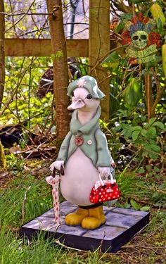 Marjorie - Cake by Karen Keaney