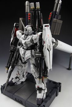 PG UNICORN GUNDAM AMAZING Improved Work by 冥夜 DETAILED Full PHOTO REVIEW with Hi Resolution Images http://www.gunjap.net/site/?p=248232