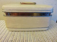 Vintage Train Case, Samsomite Silhouette, 1960s Vintage Luggage, Hard Side Overnighter, White Leather Carry Case, Cosmetic craft case by GinnysGirlsTreasures on Etsy